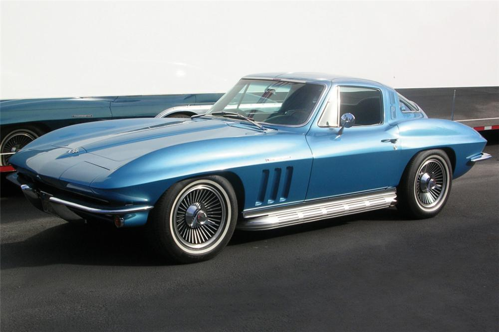 1965 CHEVROLET CORVETTE FI COUPE - Front 3/4 - 24180