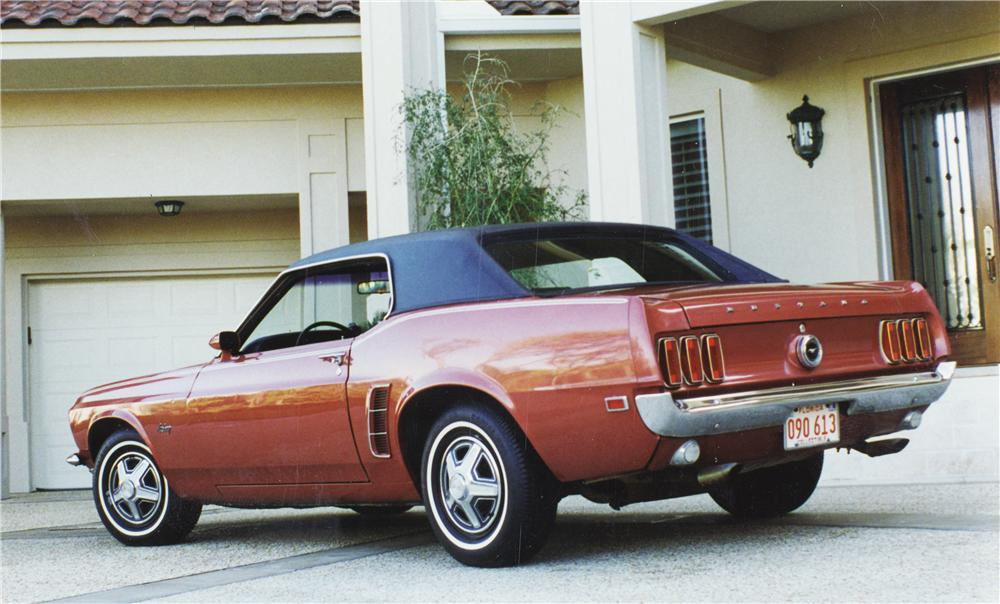 1969 FORD MUSTANG HARDTOP COUPE - Rear 3/4 - 24298