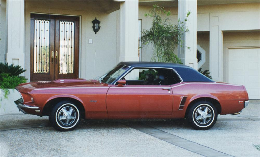 1969 FORD MUSTANG HARDTOP COUPE - Side Profile - 24298