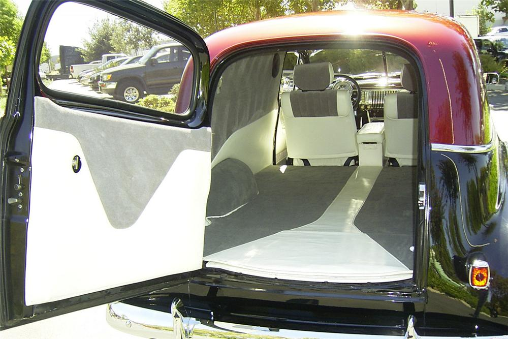 1949 CHEVROLET 2 DOOR SEDAN CUSTOM HOT ROD - Engine - 24312