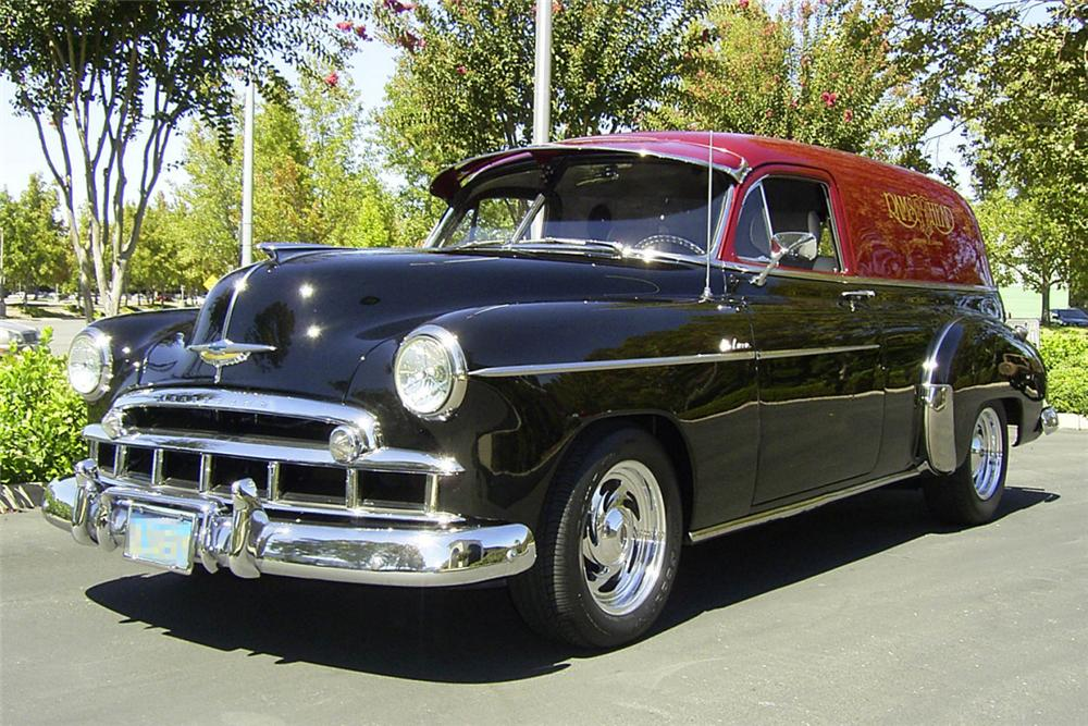 1949 CHEVROLET 2 DOOR SEDAN CUSTOM HOT ROD - Front 3/4 - 24312
