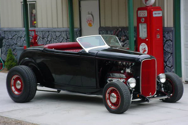 1932 FORD ROADSTER HOT ROD - Side Profile - 24352