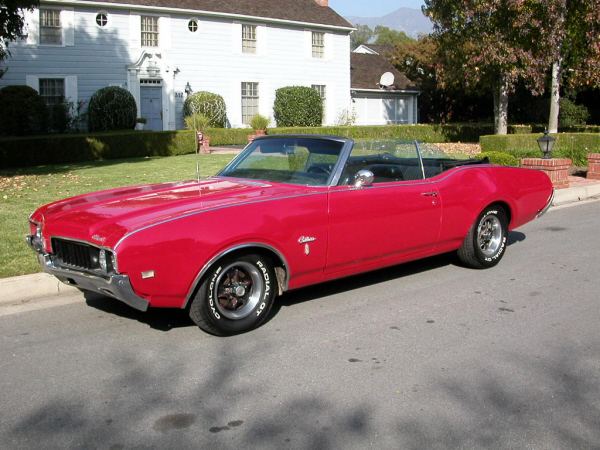1969 OLDSMOBILE CUTLASS CONVERTIBLE - Side Profile - 24464