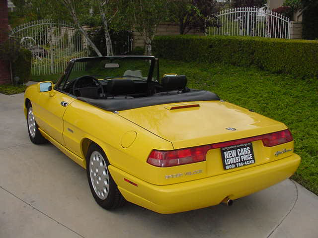 1992 alfa romeo spider veloce convertible 24514. Black Bedroom Furniture Sets. Home Design Ideas