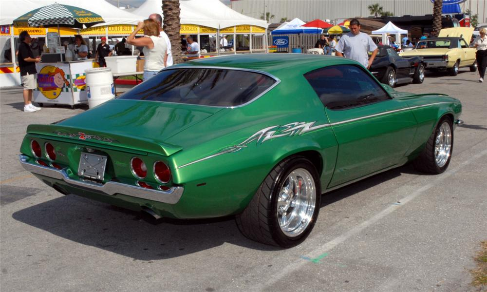 1970 CHEVROLET CAMARO Z/28 CUSTOM COUPE - Rear 3/4 - 39641