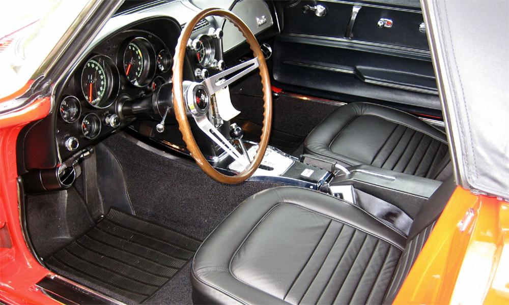 1967 CHEVROLET CORVETTE 327/300 CONVERTIBLE - Interior - 39647