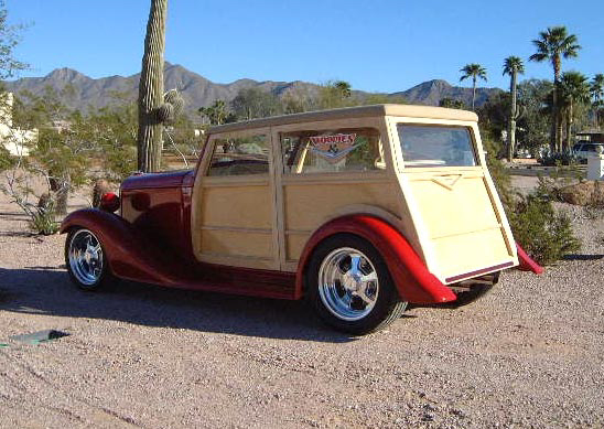 1934 CHEVROLET PHANTOM WOODY STREET ROD - Rear 3/4 - 39651