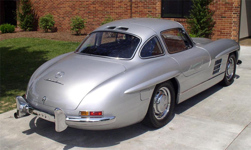 1999 MERCEDES-BENZ 300SL GULLWING RE-CREATION - Rear 3/4 - 39652
