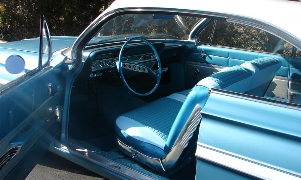 1961 CHEVROLET IMPALA 2 DOOR HARDTOP - Interior - 39654
