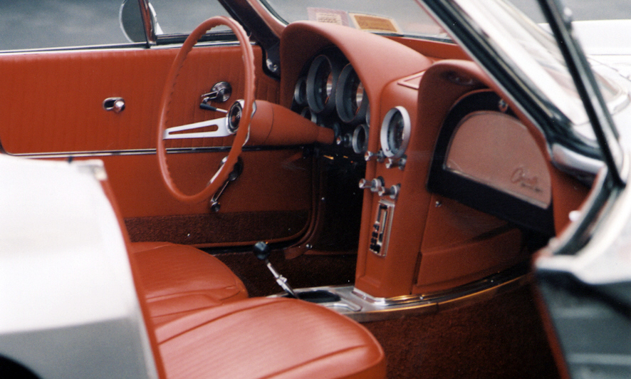 1963 CHEVROLET CORVETTE FI CONVERTIBLE - Interior - 39658