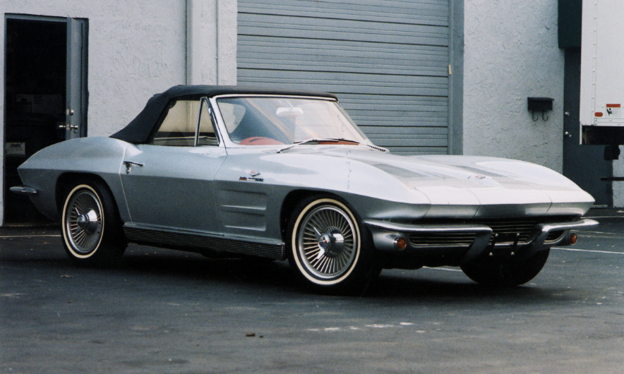 1963 CHEVROLET CORVETTE FI CONVERTIBLE - Rear 3/4 - 39658