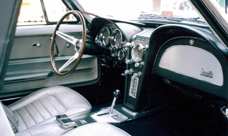 1966 CHEVROLET CORVETTE CONVERTIBLE - Interior - 39662