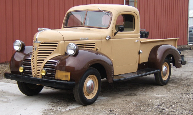 1941 PLYMOUTH W SERIES PICKUP - Front 3/4 - 39679