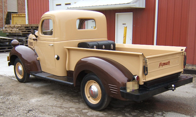 1941 PLYMOUTH W SERIES PICKUP - Rear 3/4 - 39679