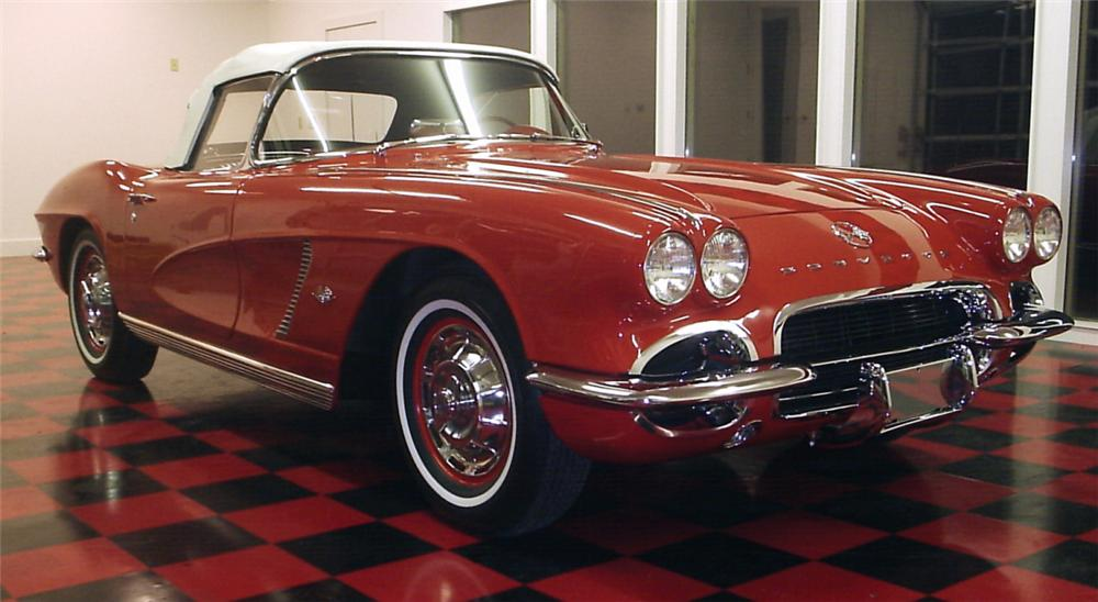 1962 CHEVROLET CORVETTE CONVERTIBLE - Front 3/4 - 39684