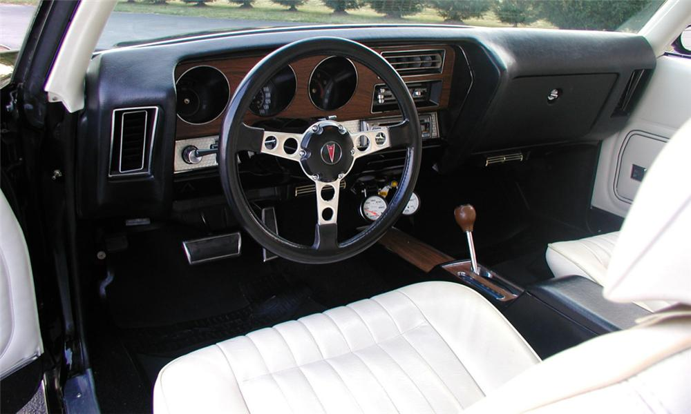 1972 PONTIAC GTO 2 DOOR COUPE - Interior - 39697