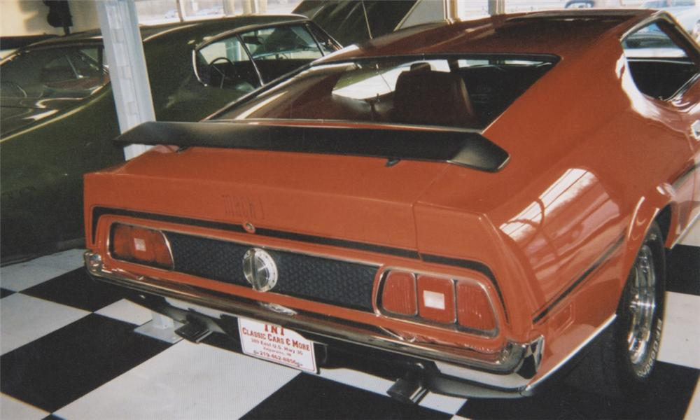 1971 FORD MUSTANG MACH 1 FASTBACK - Rear 3/4 - 39708