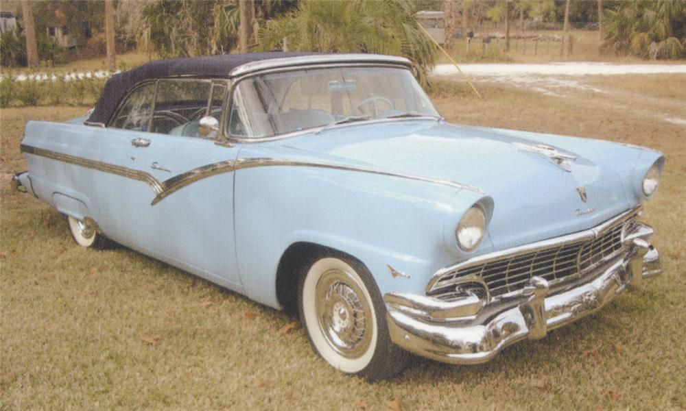 1956 FORD SUNLINER CONVERTIBLE - Front 3/4 - 39710