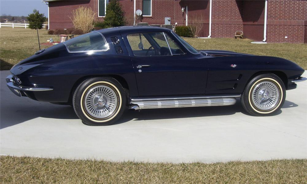 1964 CHEVROLET CORVETTE 327/300 COUPE - Side Profile - 39741