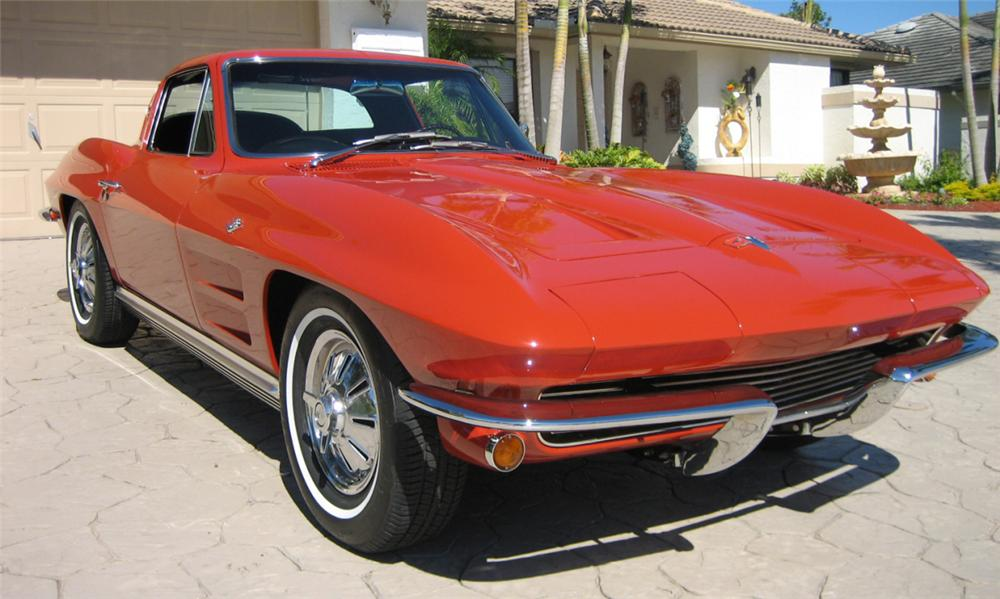 1964 CHEVROLET CORVETTE STINGRAY COUPE - Front 3/4 - 39759