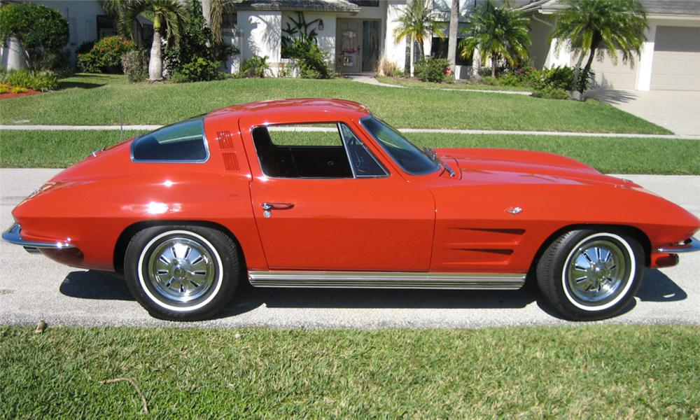 1964 CHEVROLET CORVETTE STINGRAY COUPE - Side Profile - 39759