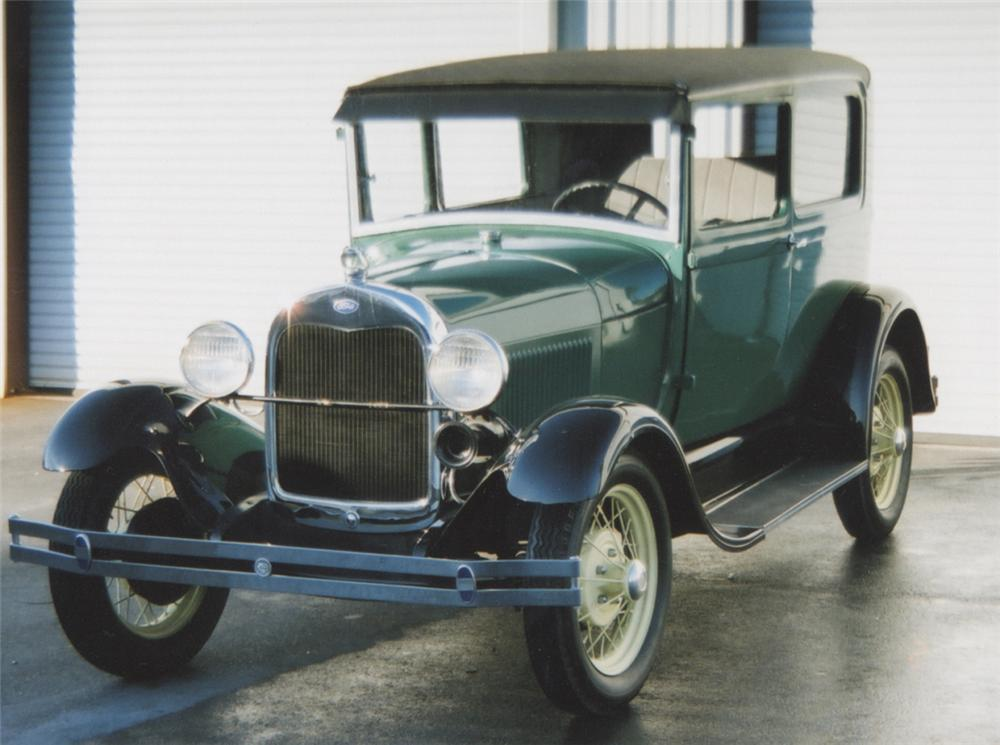 1929 FORD MODEL A COUPE - Front 3/4 - 39765