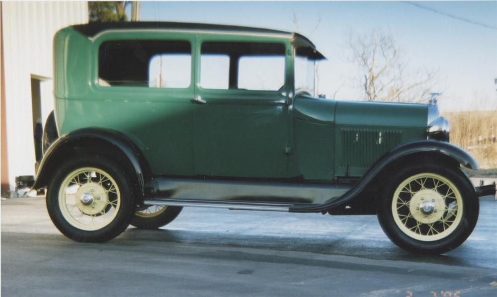 1929 FORD MODEL A COUPE - Side Profile - 39765