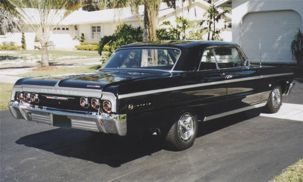 1964 CHEVROLET IMPALA SS 2 DOOR HARDTOP - Rear 3/4 - 39769