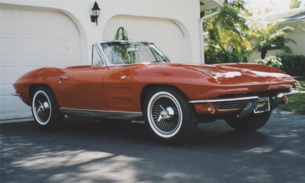 1963 CHEVROLET CORVETTE 327/300 CONVERTIBLE - Front 3/4 - 39771