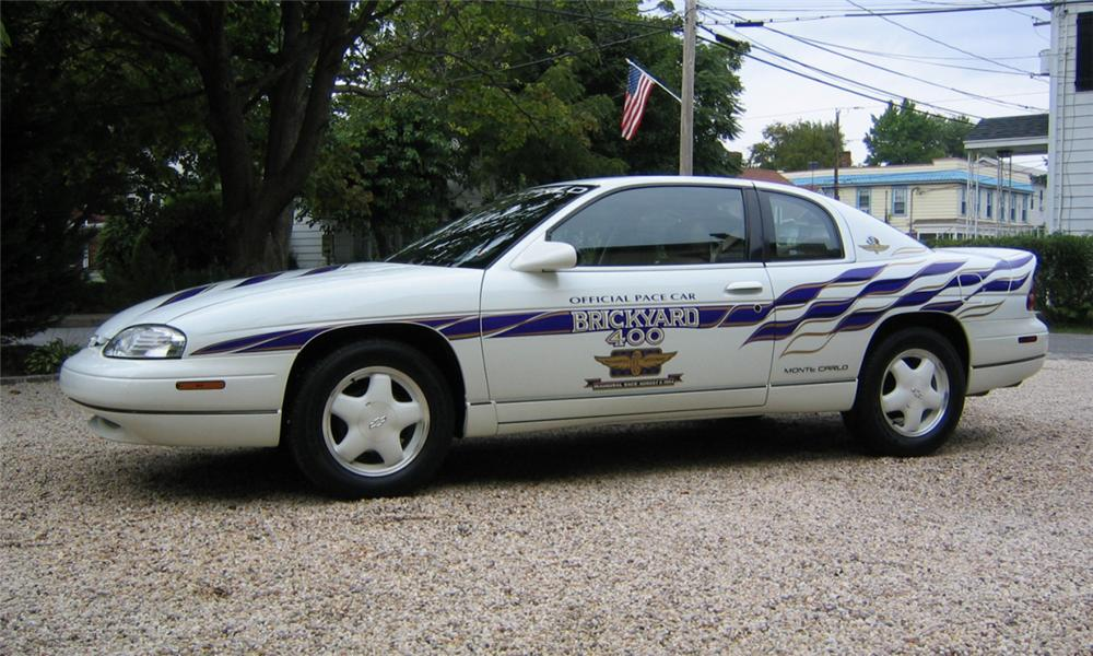 1995 CHEVROLET MONTE CARLO BRICKYARD 400 PACE CAR - Front 3/4 - 39775
