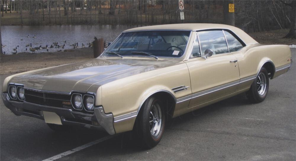 1966 OLDSMOBILE 442 COUPE - Front 3/4 - 39778