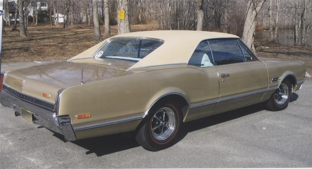 1966 OLDSMOBILE 442 COUPE - Rear 3/4 - 39778