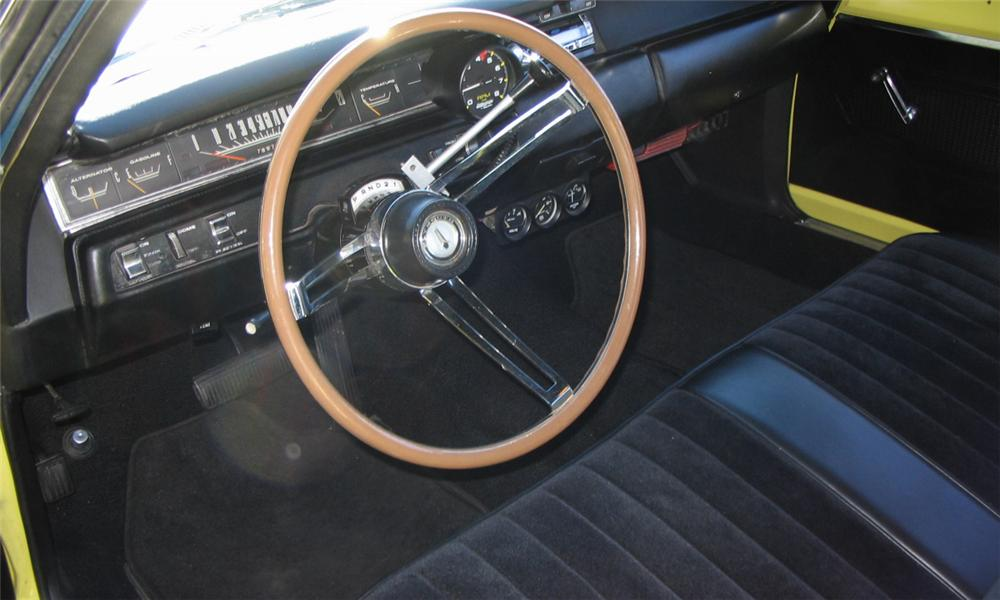 1969 PLYMOUTH ROAD RUNNER CUSTOM COUPE - Interior - 39781