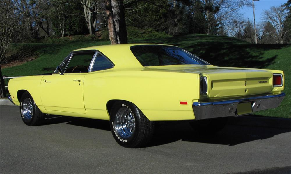 1969 PLYMOUTH ROAD RUNNER CUSTOM COUPE - Rear 3/4 - 39781