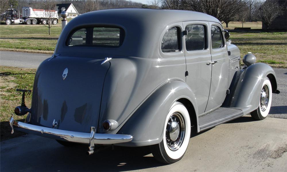 1936 PLYMOUTH 4 DOOR SEDAN - Rear 3/4 - 39784