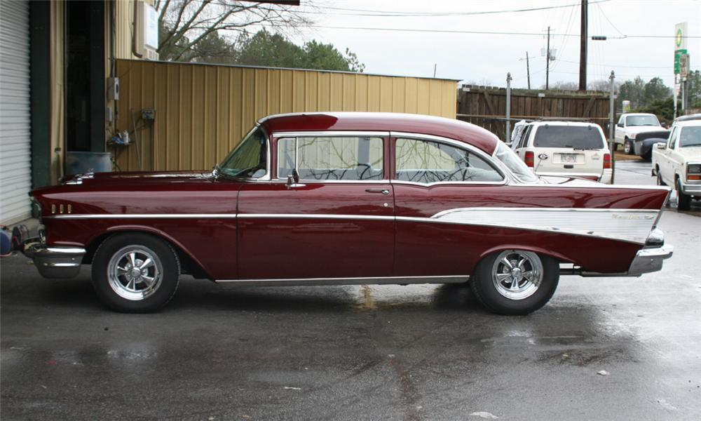 1957 CHEVROLET BEL AIR CUSTOM 2 DOOR POST - Side Profile - 39785