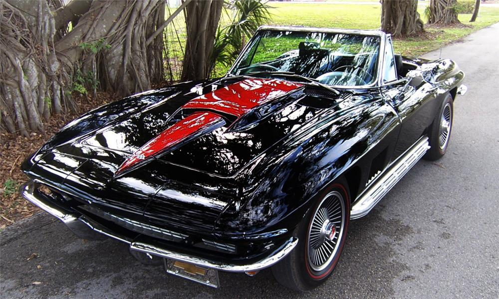 1967 CHEVROLET CORVETTE 427/400 CONVERTIBLE - Front 3/4 - 39805