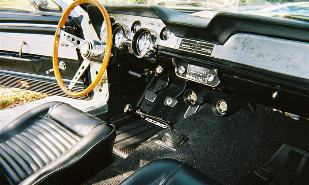 1967 SHELBY GT500 FASTBACK - Interior - 39825