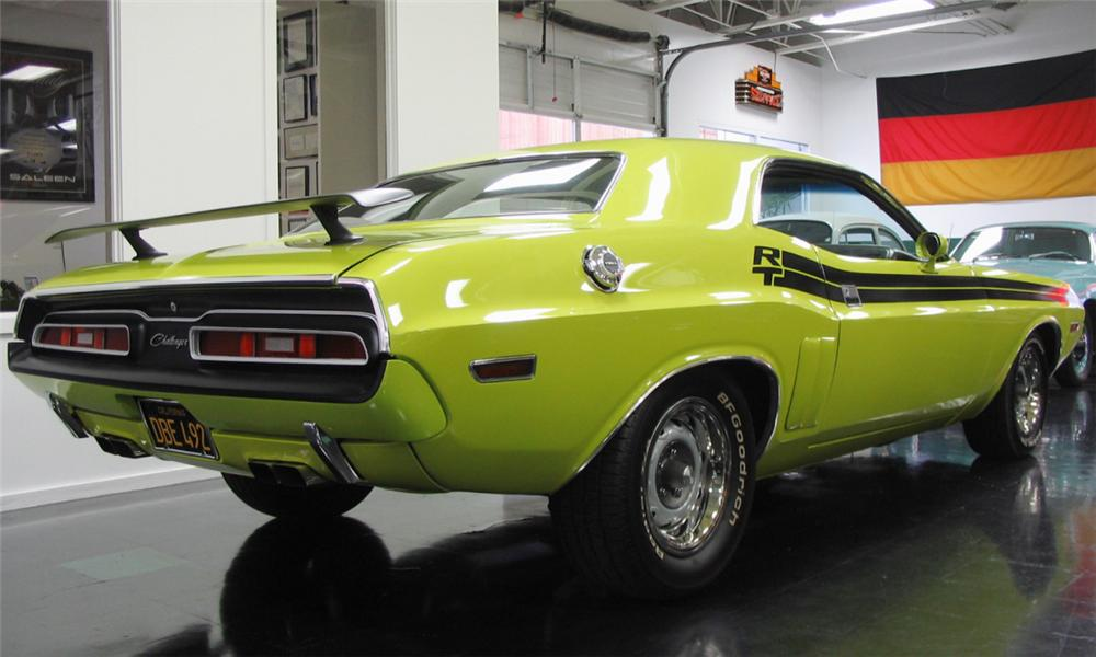 1971 DODGE CHALLENGER R/T COUPE - Rear 3/4 - 39836