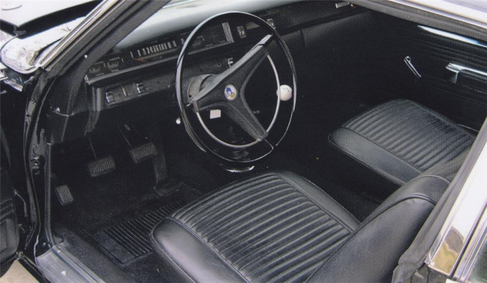 1969 PLYMOUTH ROAD RUNNER COUPE - Interior - 39838