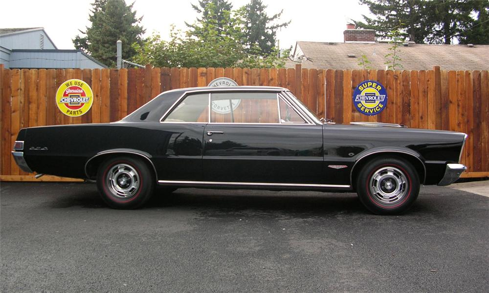 1965 PONTIAC GTO COUPE - Side Profile - 39850