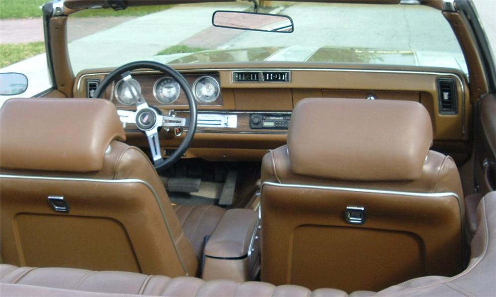 1972 OLDSMOBILE CUTLASS SUPREME CONVERTIBLE - Interior - 39854