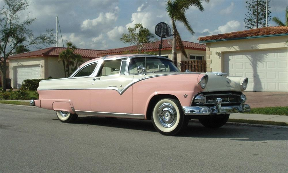 1955 FORD CROWN VICTORIA 2 DOOR HARDTOP - Front 3/4 - 39856