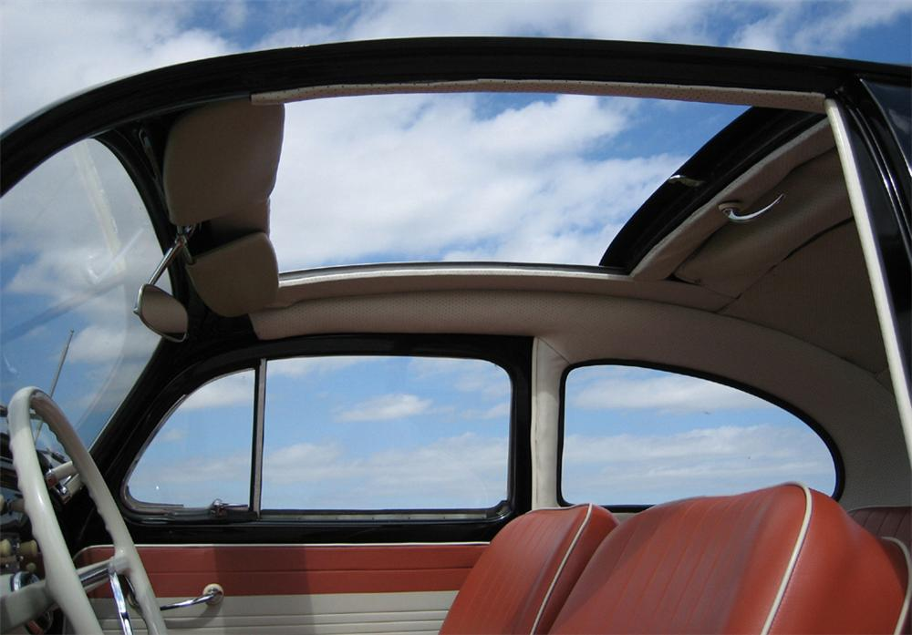 1963 VOLKSWAGEN BEETLE COUPE W/SUNROOF - Interior - 39858