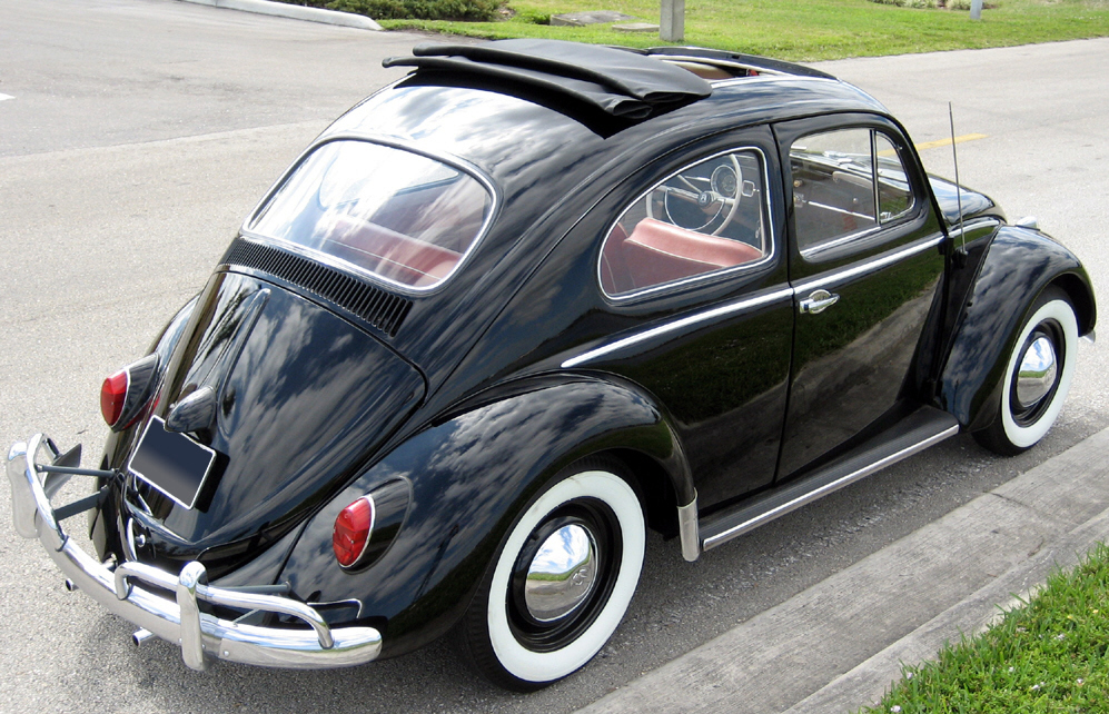 1963 VOLKSWAGEN BEETLE COUPE W/SUNROOF - Rear 3/4 - 39858