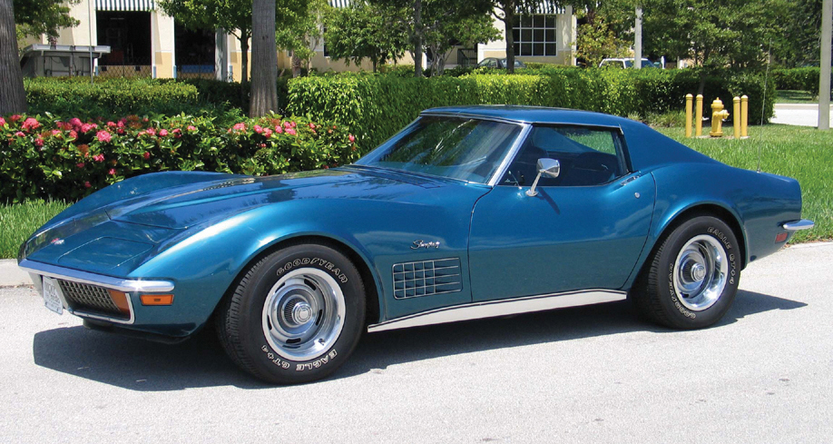1972 CHEVROLET CORVETTE COUPE - Front 3/4 - 39861