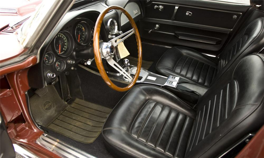 1966 CHEVROLET CORVETTE CONVERTIBLE - Interior - 39863
