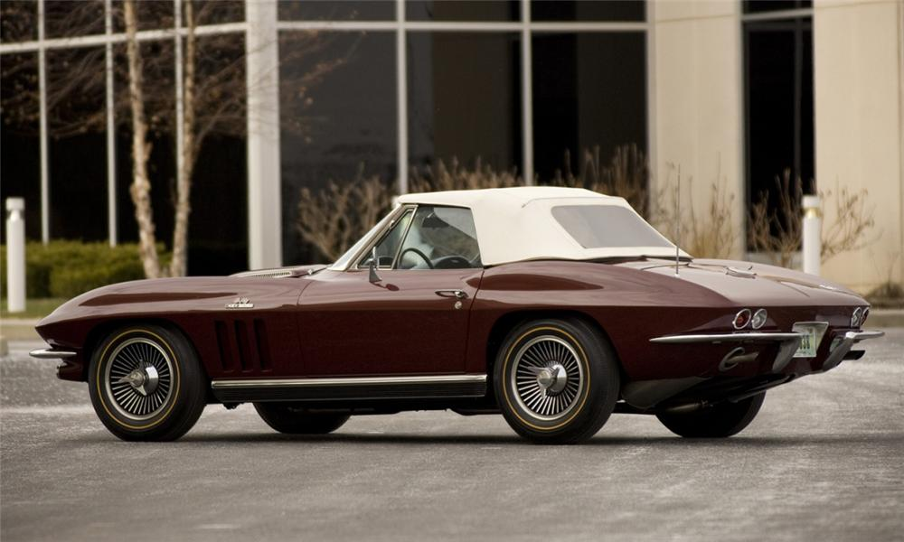 1966 CHEVROLET CORVETTE CONVERTIBLE - Rear 3/4 - 39863