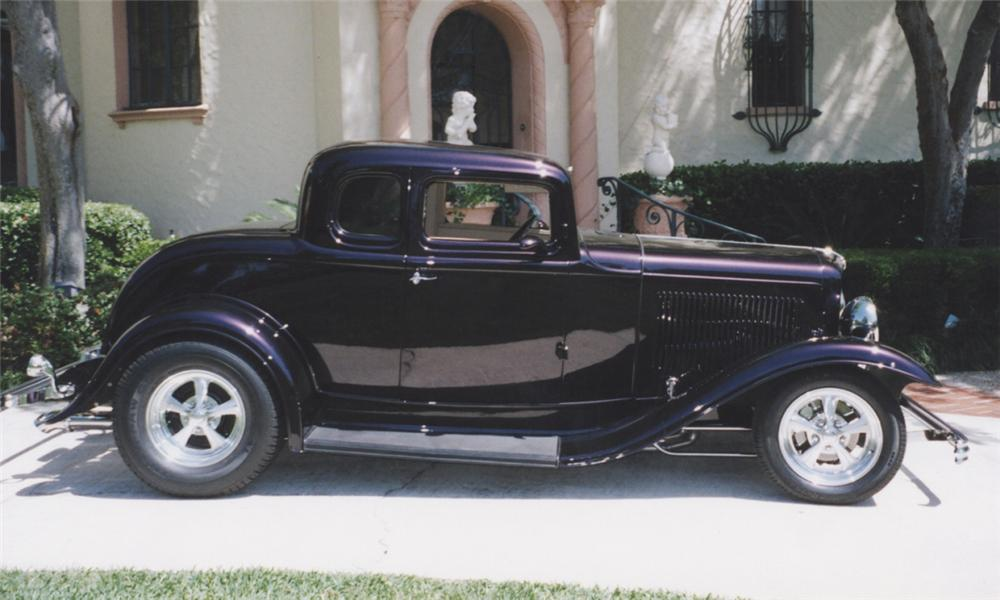 1932 FORD 5 WINDOW CUSTOM COUPE - Side Profile - 39868