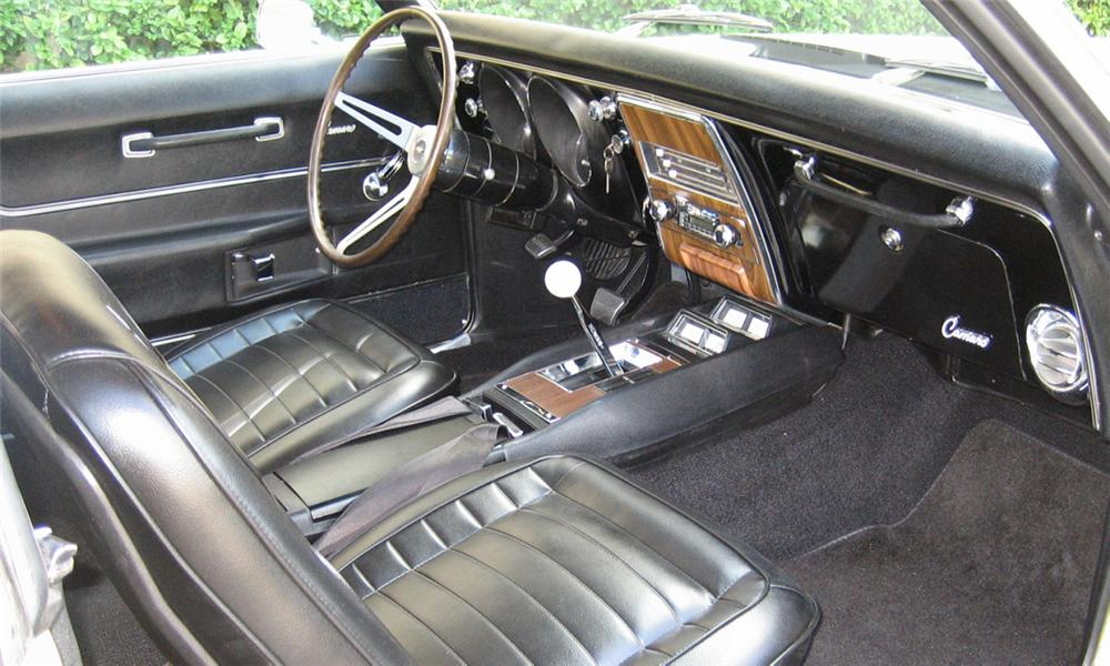 1968 CHEVROLET CAMARO Z/28 COUPE - Interior - 39871